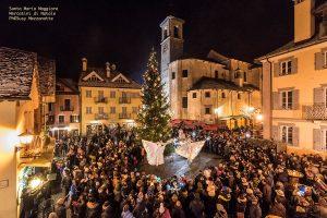 Aspettando il Mercatino 2017 in piazza Risorgimento a Santa Maria Maggiore - ph. Susy Mezzanotte
