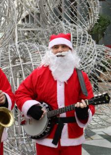 Mercatini di Natale di Santa Maria Maggiore: la Banda dei Babbi Natale